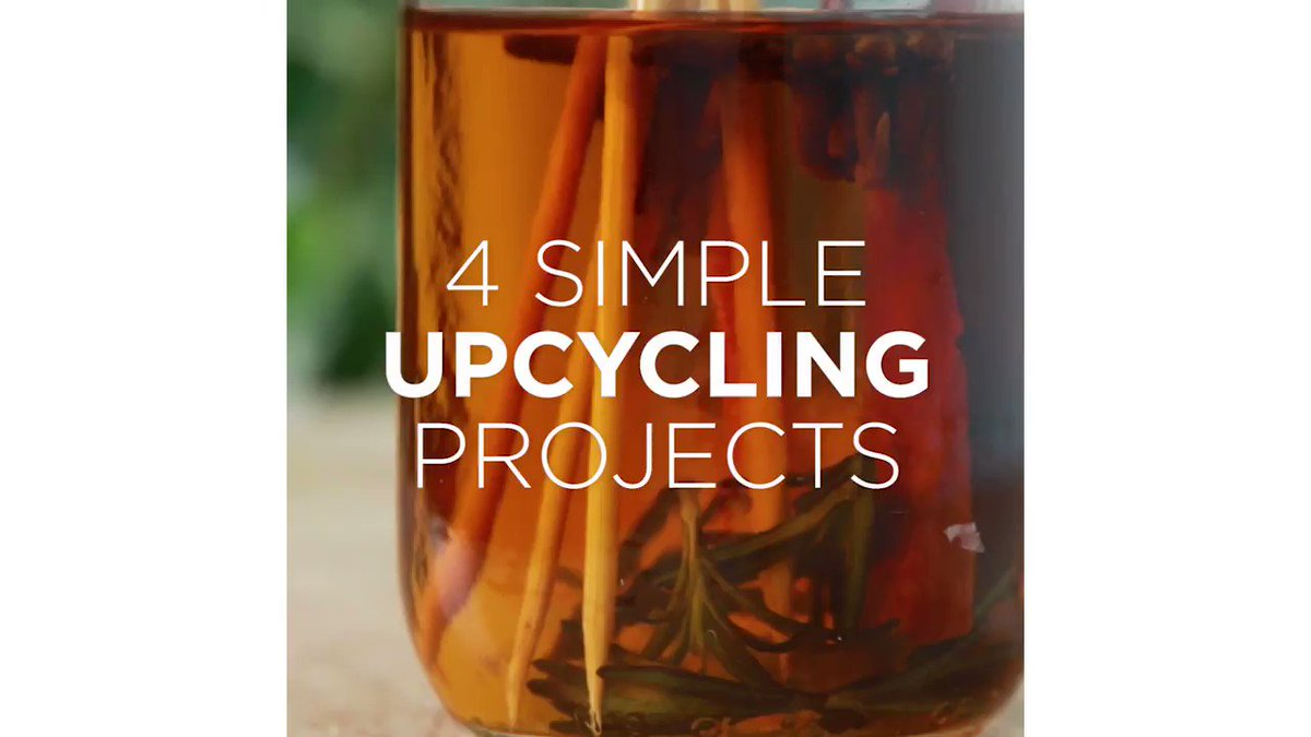 Into DIY? Here's 4 simple upcycling projects you can try!