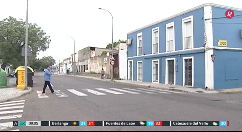 5 heridos, 1 de ellos grave, en dos reyertas en los barrios pacenses de Cerro de Reyes y las 800. Un hombre ha sido detenido por su presunta relación con uno de los tiroteos. #EXN https://t.co/O8HapGUq8p