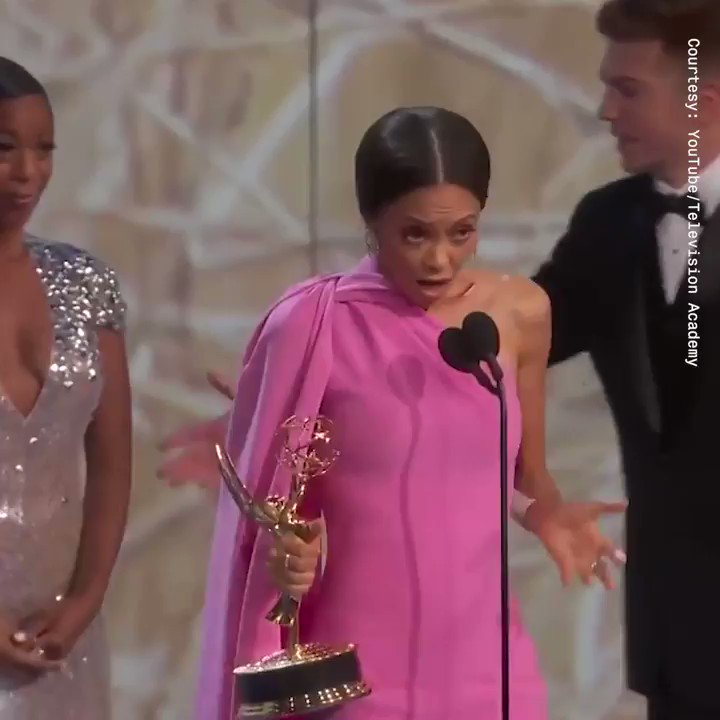 8 ✨marvelous✨ #Emmys moments we need to talk about. https://t.co/uA74rF4OTf