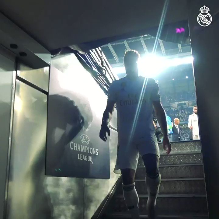 ������ BEHIND THE SCENES: @marianodiaz7 #RMTV | #HalaMadrid https://t.co/3TZWXwqwzo