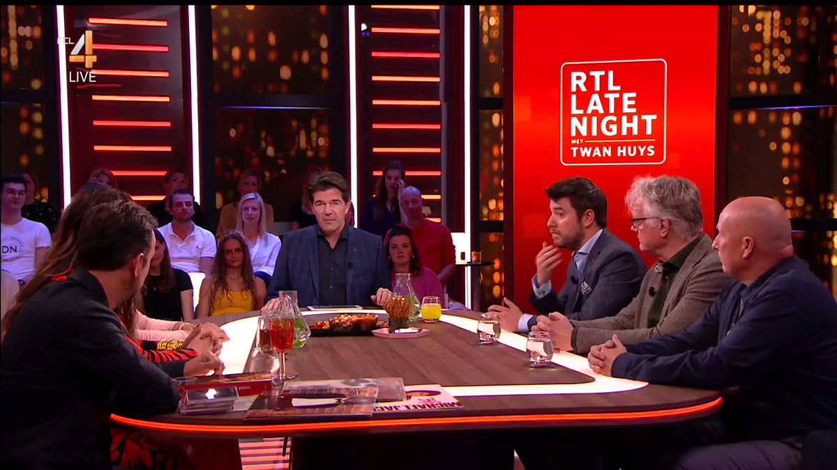 RTL Late Night Gemist: 'Dit is gewoon een verschrikkelijke dag'