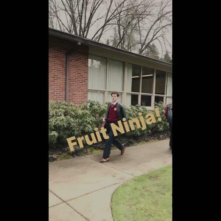 Who throws a watermelon?!  #AmericanVandal #WhoIsTheTurdBurglar https://t.co/yh5c2KLNwq