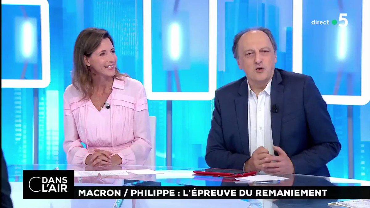 """#Remaniement """"Édouard #Philippe veut montrer qu'il compte, que tout ne se décide pas à l'Élysée et que l'équilibre des forces a un peu changé. C'est nouveau. Quelles seront les séquelles ?"""" @bernard_sananes #Politique #Macron #gouvernement #cdanslair  - FestivalFocus"""