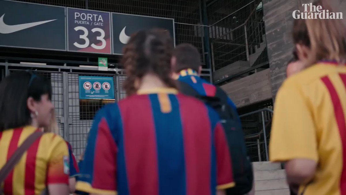Take The Ball, Pass The Ball: trailer for documentary on Barcelona's Guardiola years – video https://www.theguardian.com/football/video/2018/oct/17/take-the-ball-pass-the-ball-exclusive-documentary-trailer-on-barcelonas-success-story-video?CMP=share_btn_tw …