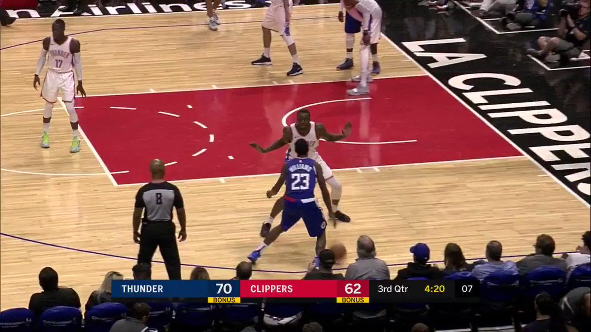 Lou Williams handle! #ClipperNation   WATCH on League Pass https://t.co/nzAONUOgtF