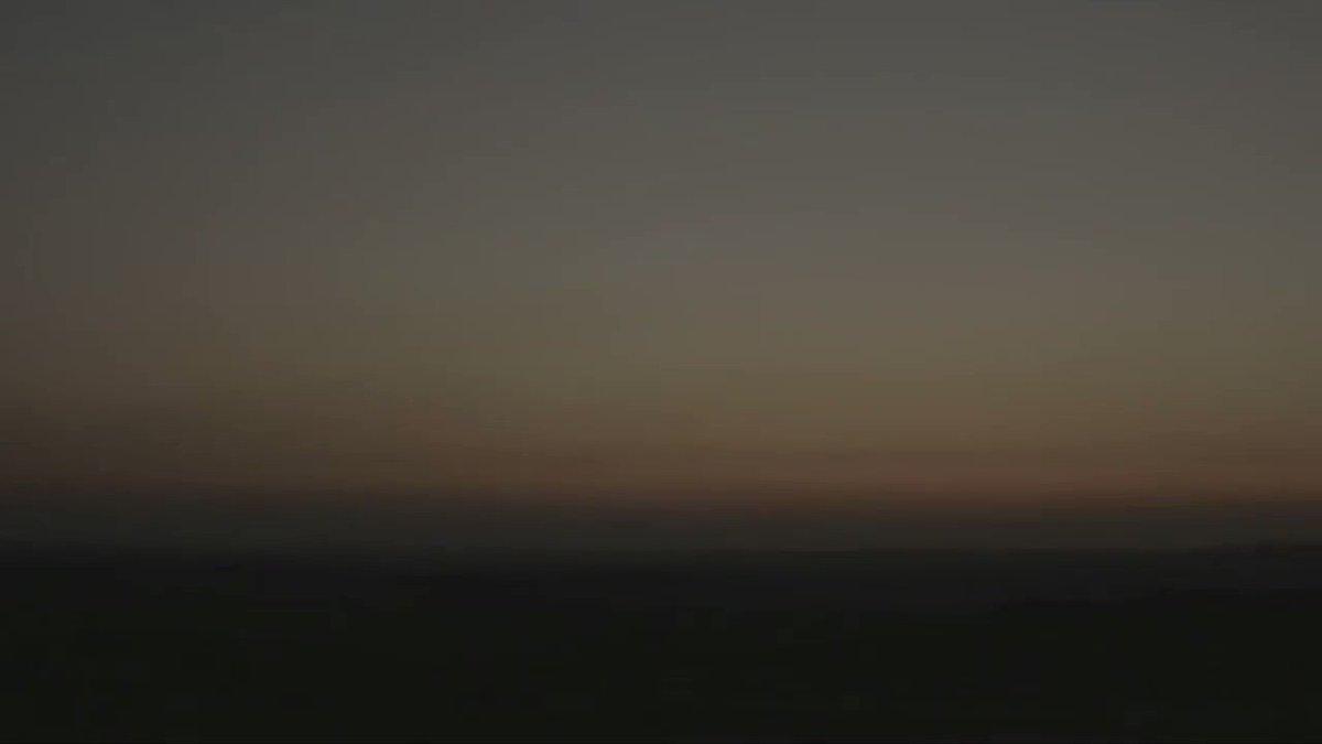 ودّك تعيش يوميات من المجتمع السعودي بتفاصيله؟ تابع المسلسل التلفزيوني الأقوى بشر، اللي يعرض مجموعة من الحكايات للكثير من القضايا الاجتماعية الآن على  #جوّي_TV  #مسلسل #يوميات_مجتمع #مسلسل_سعودي #حكايات #watching #movie #series