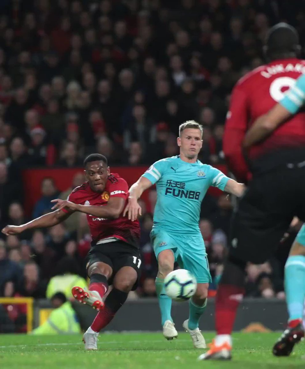 .@AnthonyMartial has now scored in five consecutive #PL games. �� #MUFC https://t.co/rBGL21g0ze