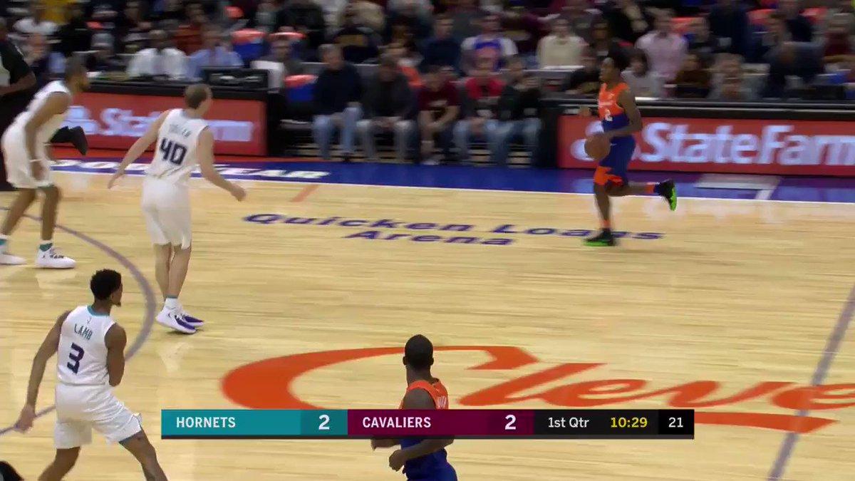 Collin Sexton follows up his own miss! #NBARooks  ��: @NBATV https://t.co/Ftat3pLNqm