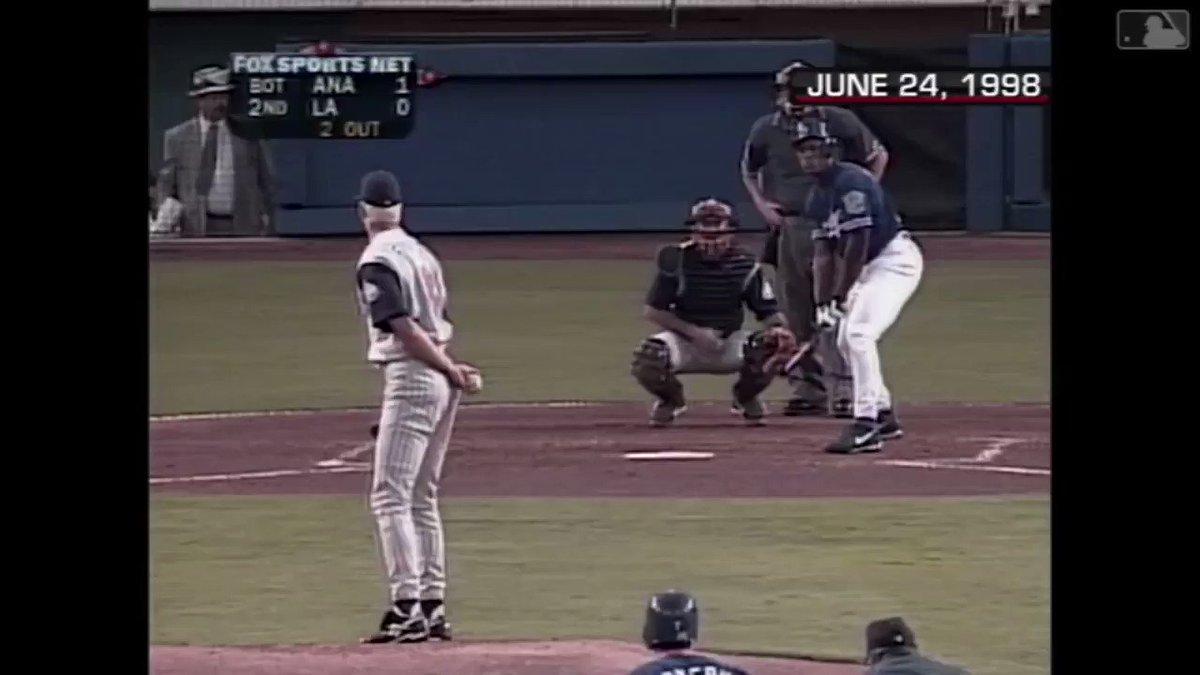 Sit back & listen to the smooth voice of Vin Scully talk us through Adrián Beltré's first major league hit. https://t.co/z2BOBghAKI