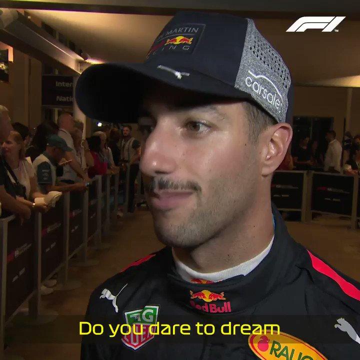 103d364d6c89c Daniel Ricciardo ( danielricciardo)