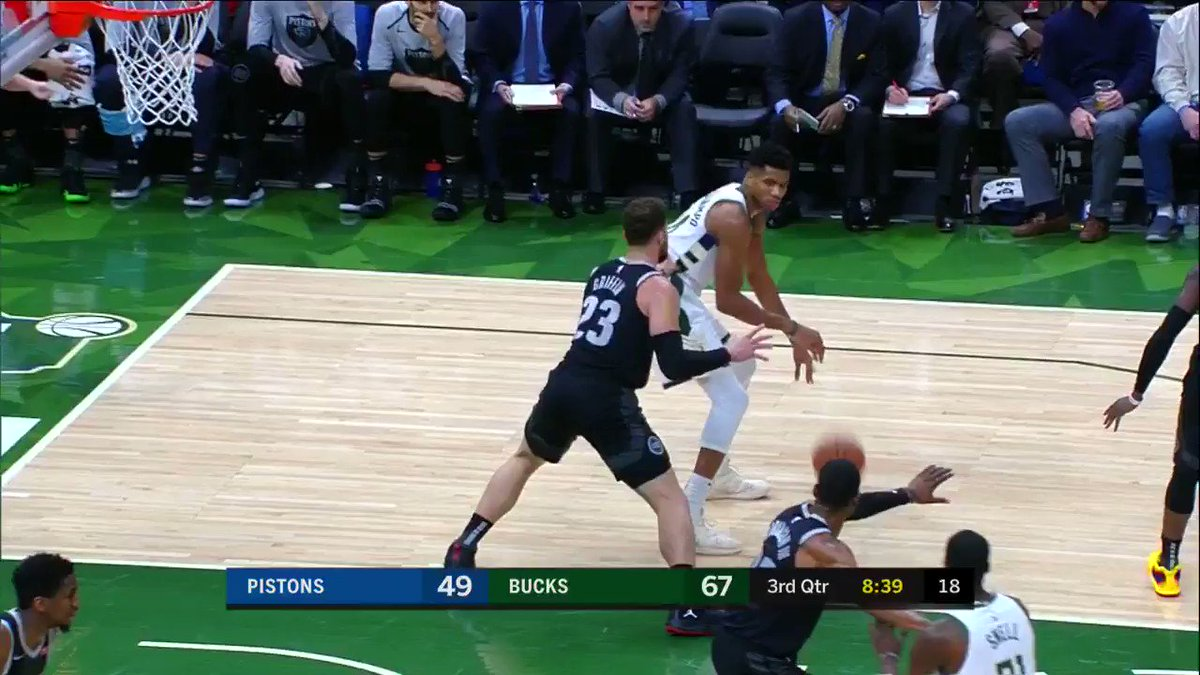 By the transitive property, Giannis just dunked over car. ��  #FearTheDeer https://t.co/5d3TeKFexz
