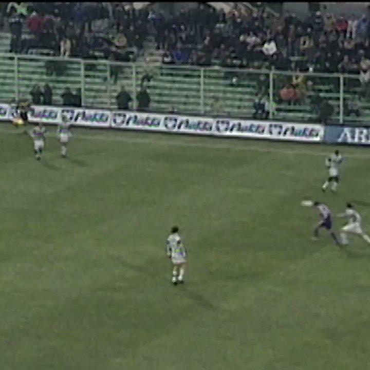 #GoalOfTheDay 📆 19.12.2001 🆚 Fiorentina 👏 @TrezegolDavid