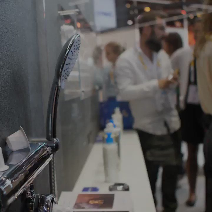 #Didyouknow that this encapsulated shower #technology developed by La Roche Posay & the #startup @SkinjayParis will enable consumers with sensitive skin to infuse their shower water with #dermatological skincare? #innovation  Learn more here pic.twitter.com/xecGFiUi97