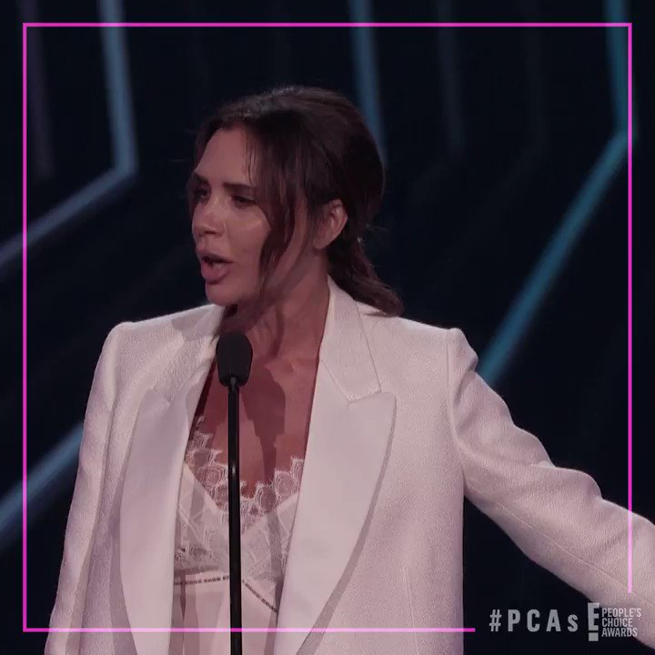 .@VictoriaBeckham knows what the people want! Watch her full speech here: eonli.ne/2CbWCLr #PCAs