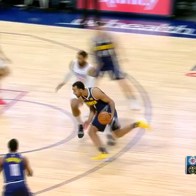 Mason Plumlee catches the lob!   #ClipperNation 34 #MileHighBasketball 47  ��️��: https://t.co/L3VurkatG8 https://t.co/bWTDQQag36