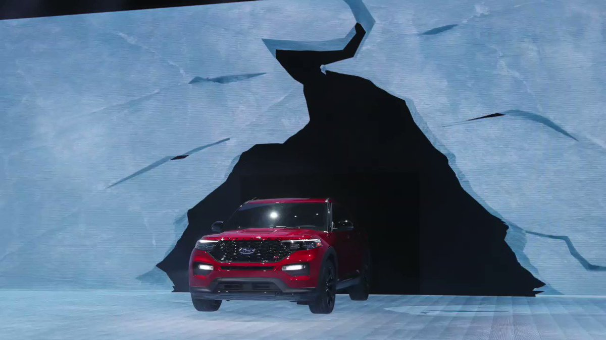 WATCH: See what's being unveiled at the #DetroitAutoShow https://reut.rs/2RSjQQC  via @ReutersPictures
