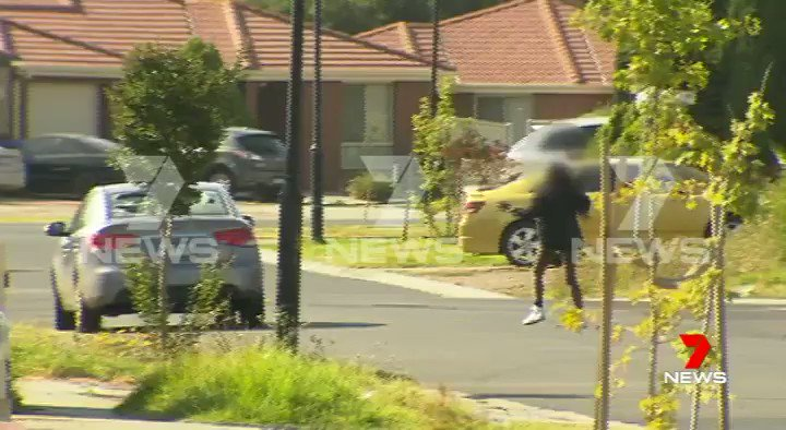 Four teens have been arrested following a series of incidents in Tarneit. Police have been told the trouble started last night when a group of youths allegedly tried to rob a teenage boy. #7News