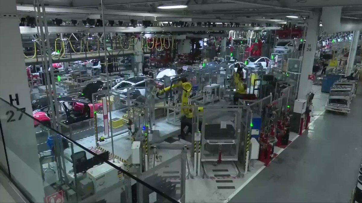 Tesla to slash thousands of jobs to cut costs as it plans to increase production of Model 3 https://reut.rs/2sz4suc via @ReutersTV