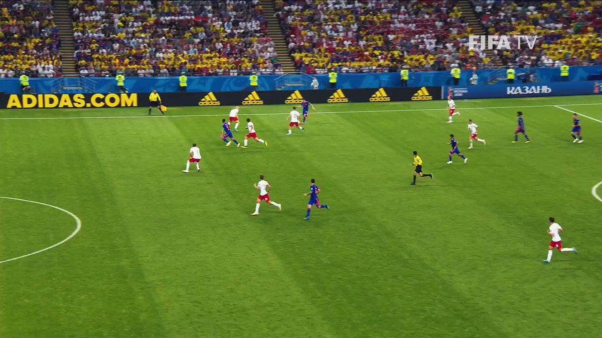 🐯⚽️💥  De todos sus rugidos, el del Mundial de Rusia está sin duda entre nuestros preferidos 😍  ¡ Que los cumplas feliz, 🇨🇴@FALCAO !