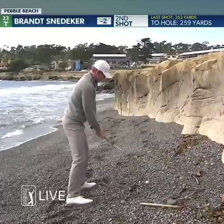 Watch Brandt Snedeker make birdie from the Pacific Ocean at Pebble Beach's iconic 18th hole