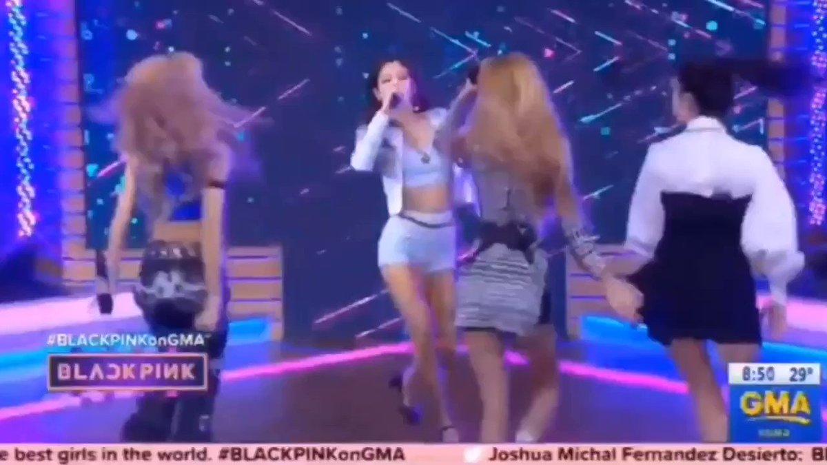 Music News Facts's photo on #BLACKPINKonGMA