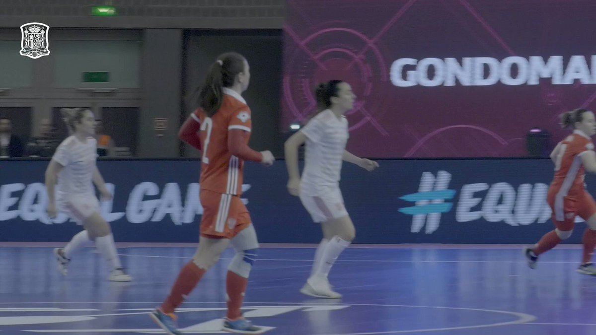 📺 DESDE DENTRO   ¡Así se celebra el pase a la final del primer Europeo Femenino de Fútbol Sala! 💪🏻  🇪🇸🇪🇸🇪🇸🇪🇸   #WEUROFutsal
