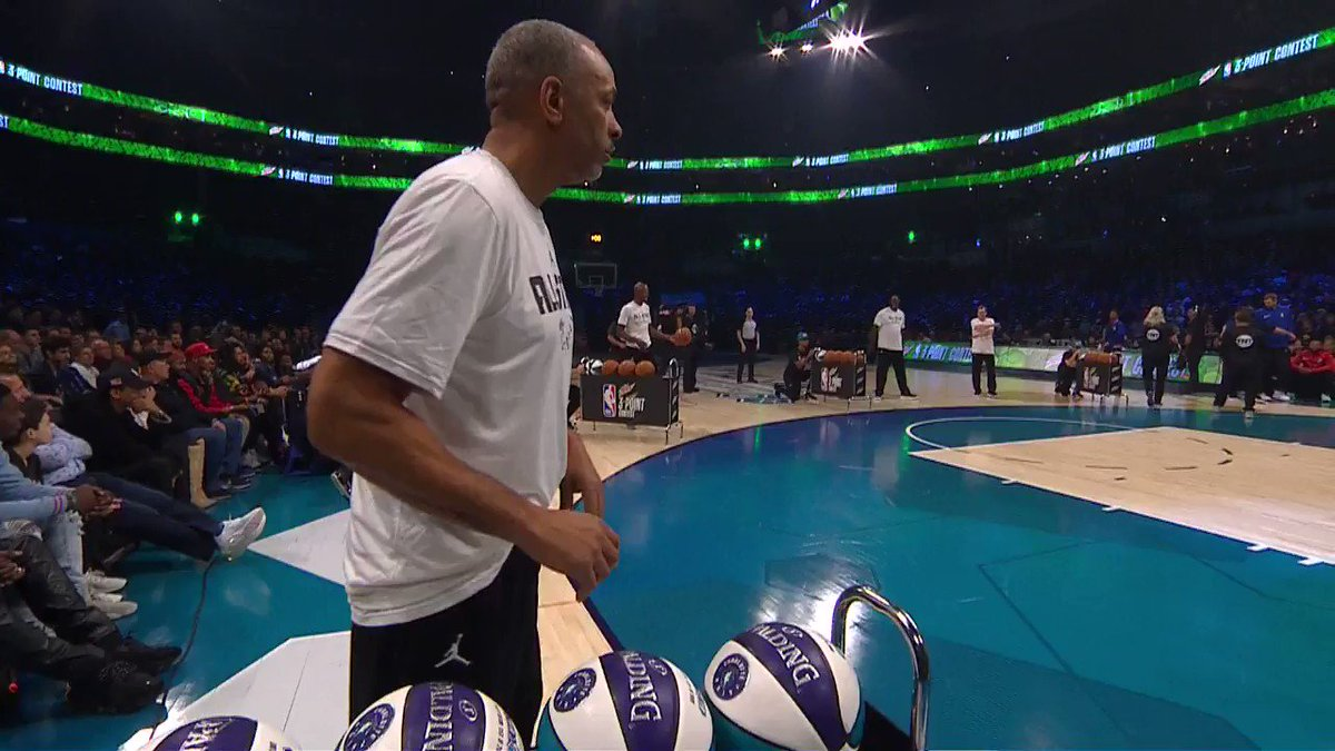Dell Curry, Ray Allen, Mark Price & Glen Rice shoot for charity prior to the #MtnDew3PT contest! #ThisIsWhyWePlay