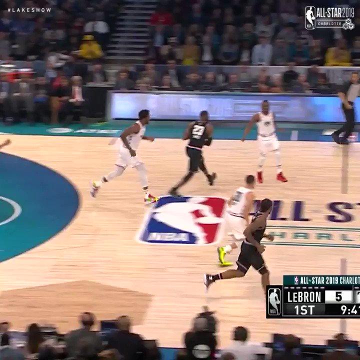 🎥 #LeBronJames tuvo 19 puntos y 8 rebotes para guiar a su equipo a la victoria en el Juego de Estrellas: