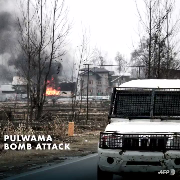 #JammuAndKashmir: UN Human Rights Chief @mbachelet strongly condemns suicide bomb attack against Indian security forces in #Pulwama district on 14 February. We hope escalating tensions will not add further insecurity in the region.    👉http://ow.ly/vzc830nKKM0