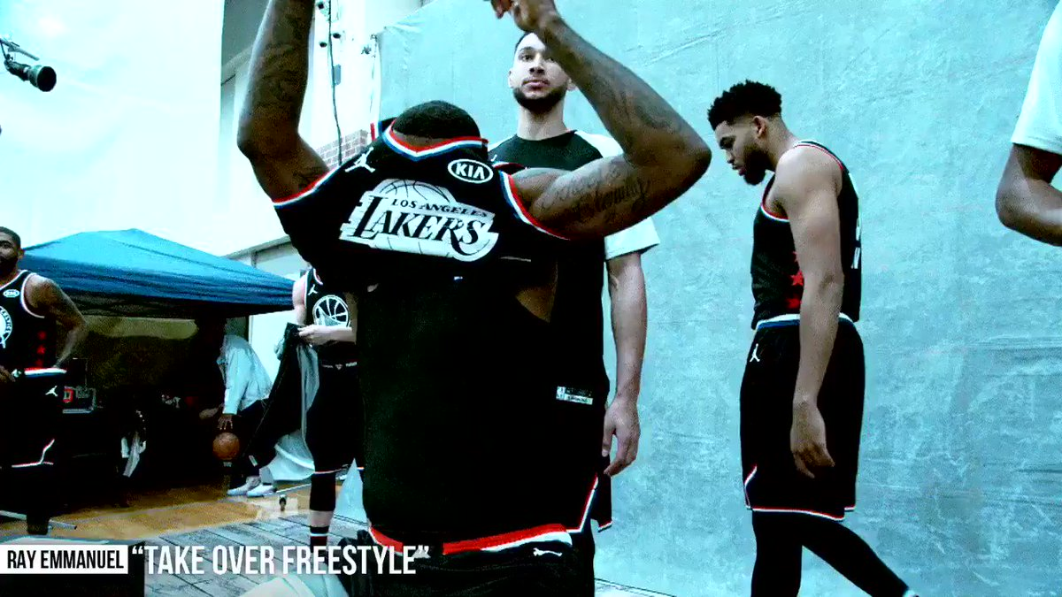 "🌟🔥 2019 #NBAAllStar Game #PhantomCam! 🔥🌟   🎶: ""TAKE OVER Freestyle"" par @rayonhisway   @unitedmasters   🎧: https://ffm.to/ktrfrmkmiv"