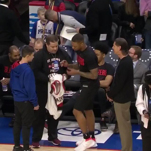 Damian Lillard signs a jersey for a young fan pregame in Philly! #ThisIsWhyWePlay  #RipCity