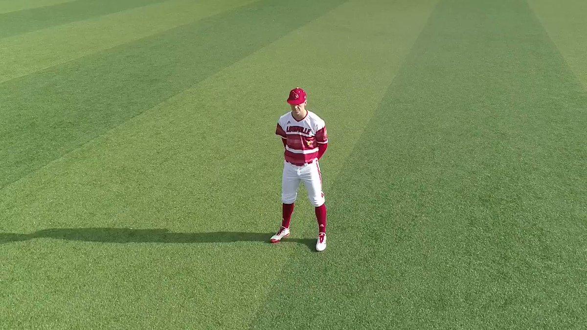 RT @LouisvilleBSB: 🔴 Gameday Threads 🔴   🧢 Red 👕 Astros 👖 White  #L1C4 https://t.co/AbTToIiFmH
