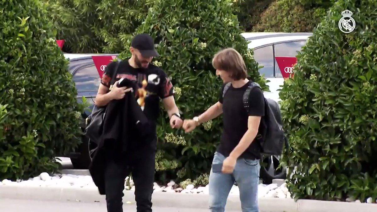 🔗 ¡La conexión @Benzema  🤜🤛 @lukamodric10!  📺 VÍDEO COMPLETO: http://bit.ly/Conexión_KB9_LM10…