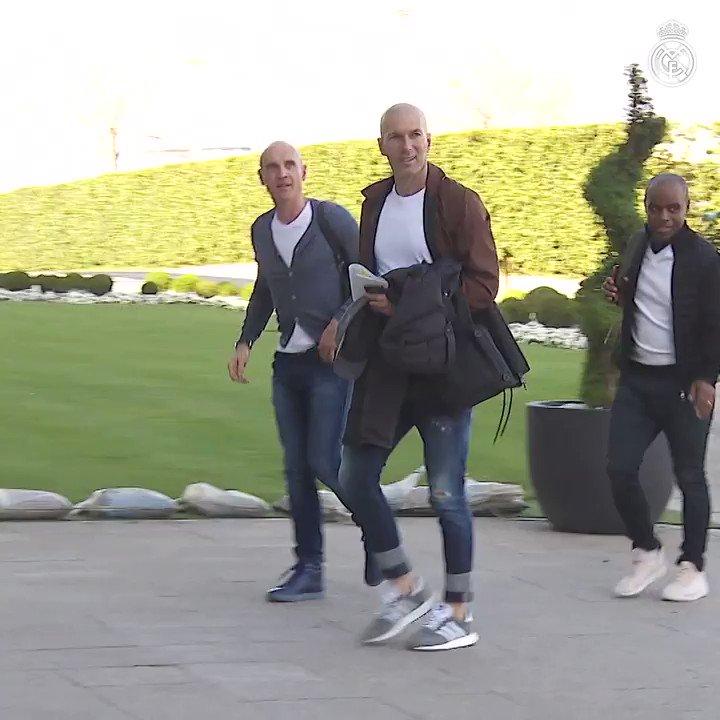 🏠 Welcome back to #RMCity! 🇫🇷 Zinedine Zidane 🇫🇷 David Bettoni 🇫🇷 Hamidou Msaidie