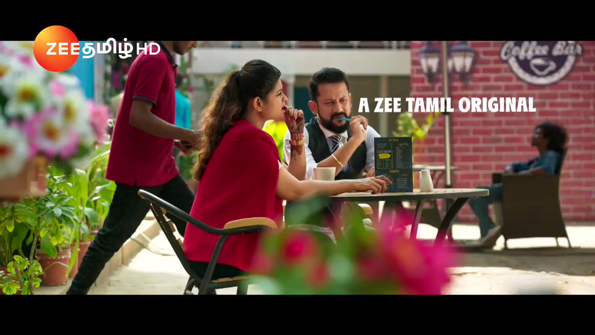 நம்ம celebrities எப்படி பாட போறாங்க பாருங்க! வந்துடுச்சு ஒரு ஜாலியான gameshow, பேட்ட Rap.  மார்ச் 24 முதல் மதியம் 12.30 மணிக்கு!   #PettaRap #SingingShow #ZeeTamil