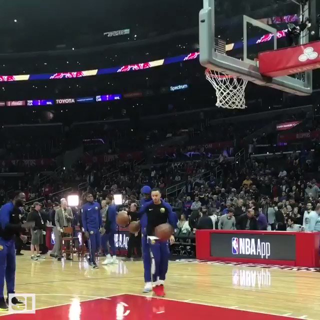 Happy 31st birthday to Stephen Curry, the king of the trick shot