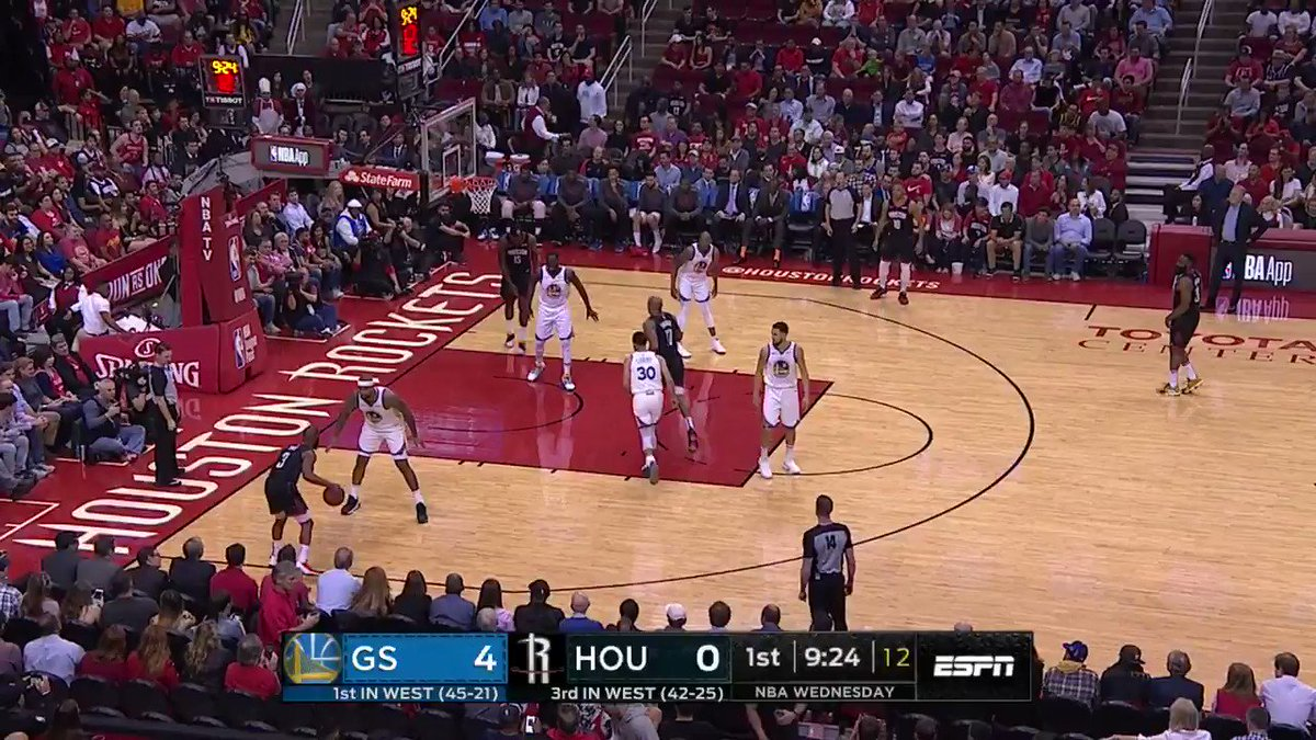 Chris Paul and James Harden pour in 16 1st half PTS apiece for the @HoustonRockets! #Rockets @ESPNNBA https://t.co/dNNggRqzzx