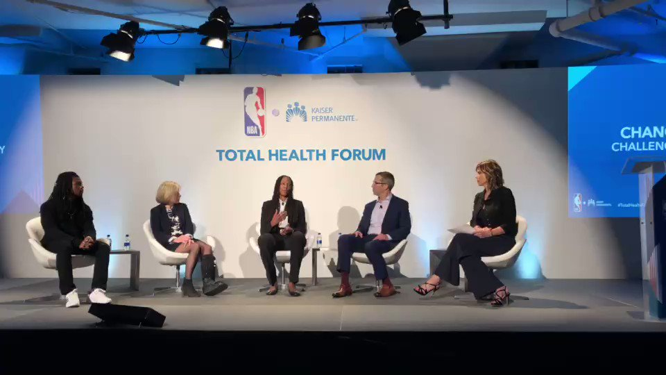 """""""It used to be kind of dark all over the place, but now I have color back.""""  @wnba legend @Chold1 opens up about her strength and bravery through depression. #TotalHeathForum @kpshare"""