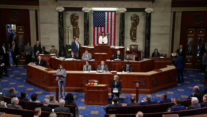 House members sing \Happy Birthday\ to Nancy Pelosi