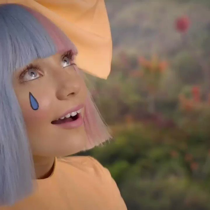 no new friends video premiering tuesday at 7am pt @sia @labrinth  https://t.co/wKq8HuWjkZ https://t.co/w9ZqUJcuY0