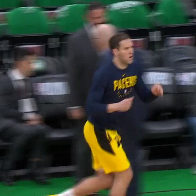 Bojan Bogdanovic (18.0 PPG) gets loose for Game 1 at TD Garden!  ��: #GoldDontQuit x #Celtics  ⏰: 1pm/et ��: @NBAonTNT https://t.co/JIMEWTraCY