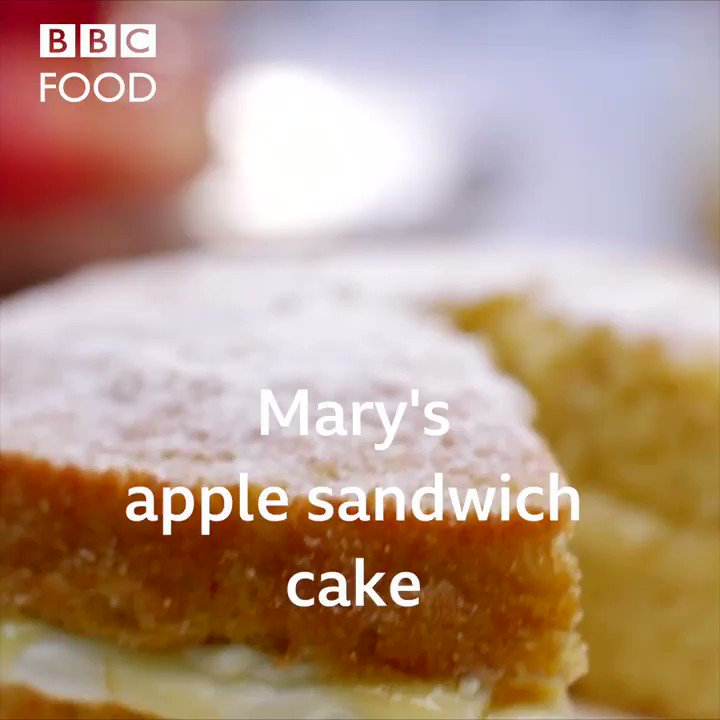🍏🍰 There's not much Mary Berry doesn't know about cakes and her new @BBCFood apple cake recipe is proof.