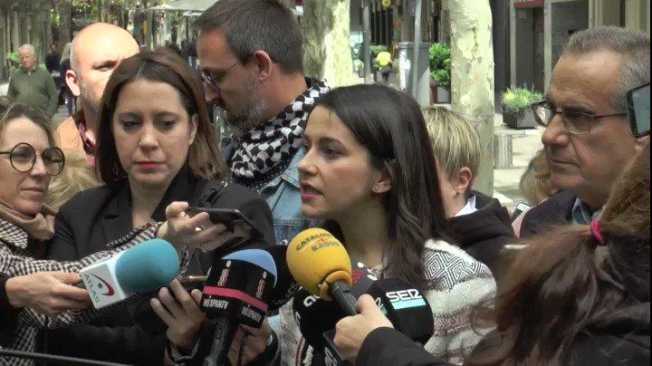 """🍊 Cs ha demostrado que desde el centro se puede ir incorporando talento  💪 @InesArrimadas """"El #28A vamos a por todas; vamos a reventar las urnas de ilusión como ya hicimos en Cataluña el 21D o en Andalucía, donde hemos conseguido que llegue la regeneración"""" #VamosCiudadanos"""