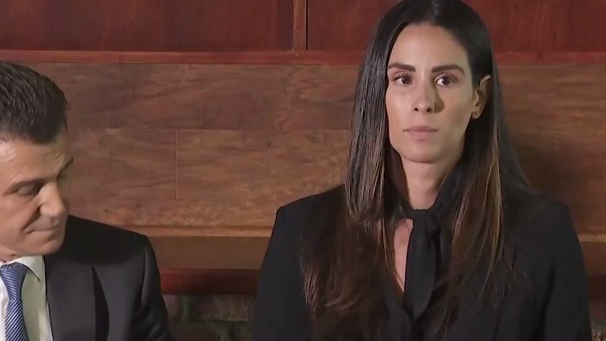 """""""And as I kept asking  him to please stop and to get off, he laughed at me.""""  Former Spectrum SportsNet reporter Kelli Tennant held a press conference today to give more details about her sexual assault claim against former Lakers coach Luke Walton https://lat.ms/2USujOr"""