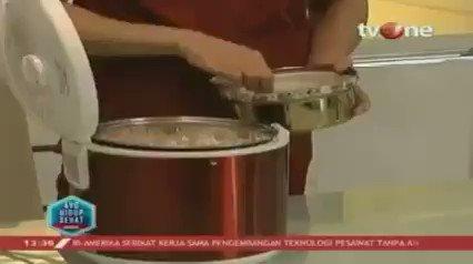 Cara sehat dan tepat untuk memperbaiki tekstur nasi yang lembek, begini caranya.Dapatkan berbagai informasi lain hanya di tvOne connect, android http://bit.ly/2CMmL5z  & ios http://apple.co/2Q00Mfc #tvOneNews