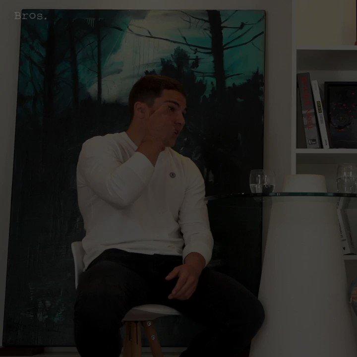 «Si j'ai pas mon année et qu'on est champions, ça m'ira très bien». @RomainNtamack a beau avoir profité d'une matinée off pour faire un gros 😴, il avait quand même envie de papoter avec @Dupont9A  👉 https://youtu.be/zCak1e7xaXw  #StraightFromTheAthletes #AntoineDupont #RomainNtamack