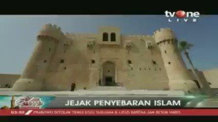 Benteng Qaitbay dibangun oleh Sultan Qaitbay tahun 1477 M. Sementara itu, Masjid peninggalan Sultan Amay berdiri tahun 1495 M sebagai mahar. Download tvOne connect untuk update berita harian Anda, android http://bit.ly/2EMxVdm & ios https://apple.co/2CPK6U3. #RamadhanditvOne