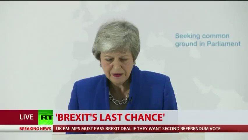 RT's photo on referendum
