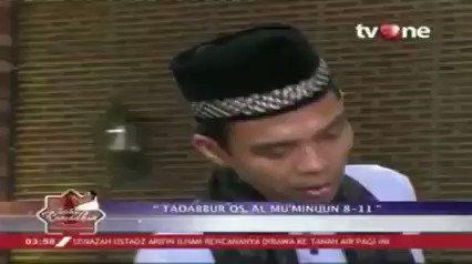 "Indahnya Ramadhan bersama UAS dengan tema ""Tadabbur Qs. Al-Mu'minuun: 8-11"".Saksikan full videonya hanya di tvOne connect, android http://bit.ly/2CMmL5z  & ios http://apple.co/2Q00Mfc #RamadhanditvOne #tvOneNews"