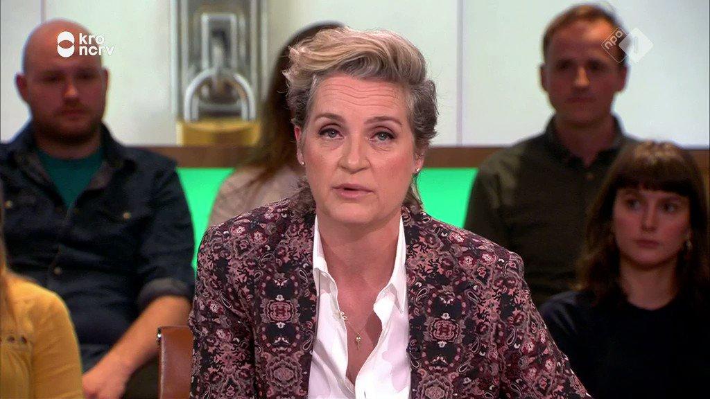 """Douwe Bob gooit kont tegen de krib: """"Die Europese verkiezingen boeien jongeren niet"""""""